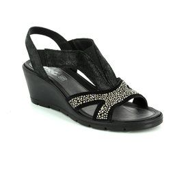 IMAC Wedge Sandals - Black patent suede - 72490/7210001 BETA