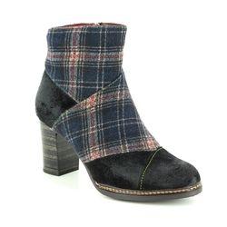 Laura Vita Fashion Ankle Boots - Black - 8503/30 ELEA 018