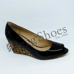 Lotus Wedge Shoes  - Black patent - 50904/40 CABINA
