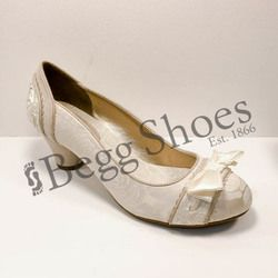 Ruby Shoo Court Shoes - Cream - 09160/75 HAYLEY