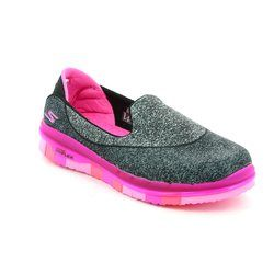 Skechers Girls Shoes - Black hot pink combi - 81078/553 GO FLEX GIRLS