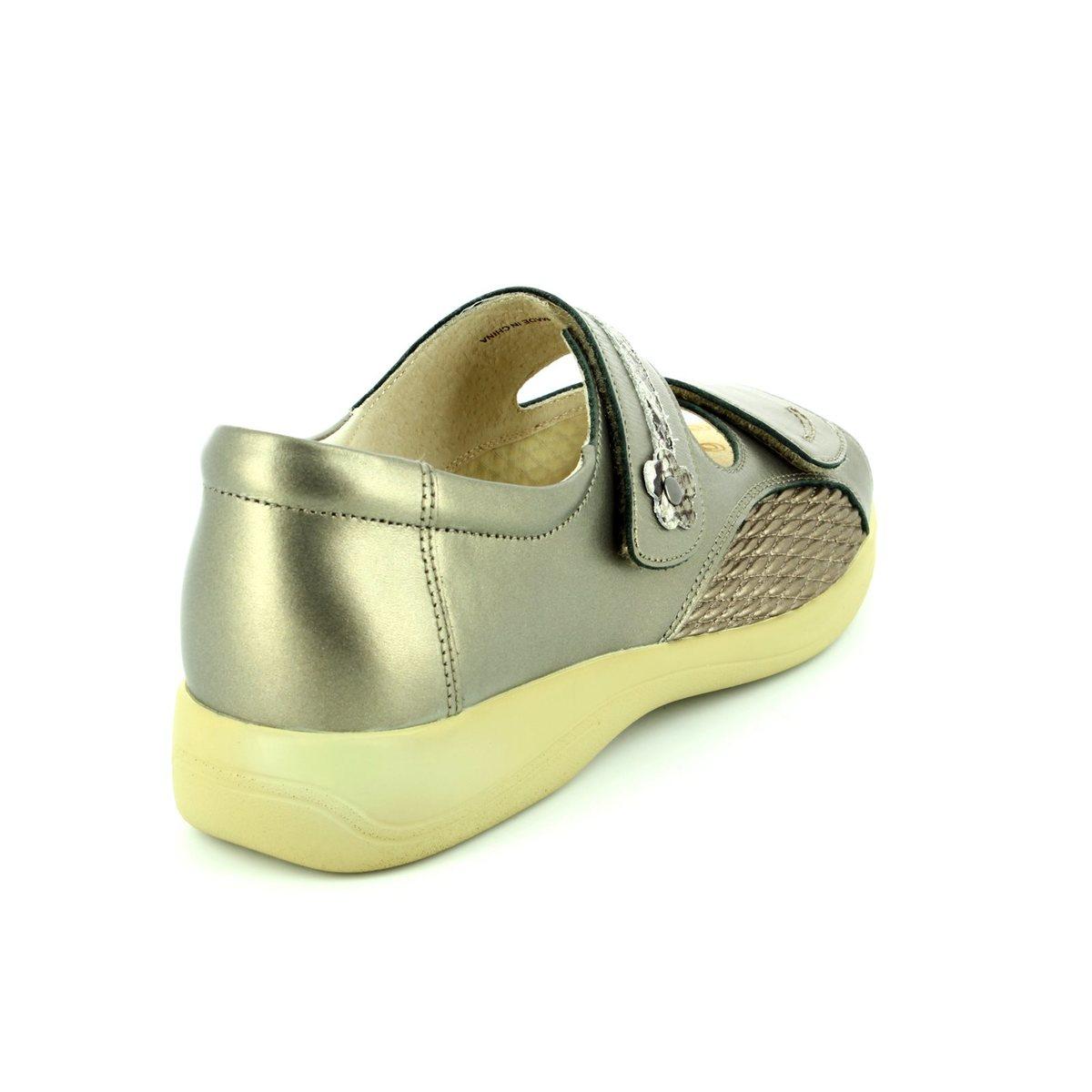 Eeee Womens Shoes