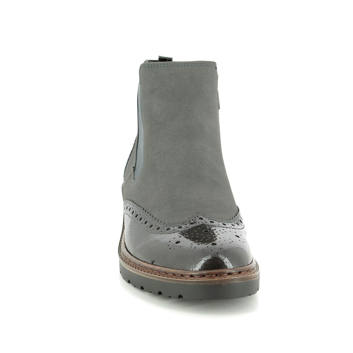 b0b6e83f690 Ara Chelsea Boots - Grey patent - 60004/75 PORTLAND BROGU