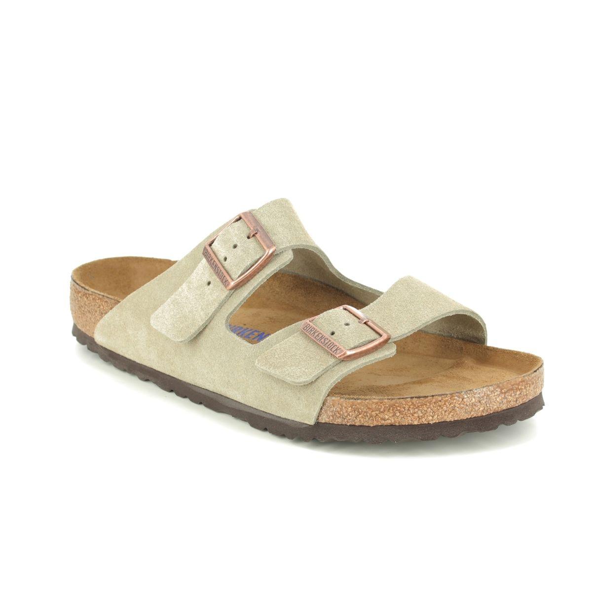 Comida líquido orden  Birkenstock Arizona Mens 0951301 Taupe suede sandals