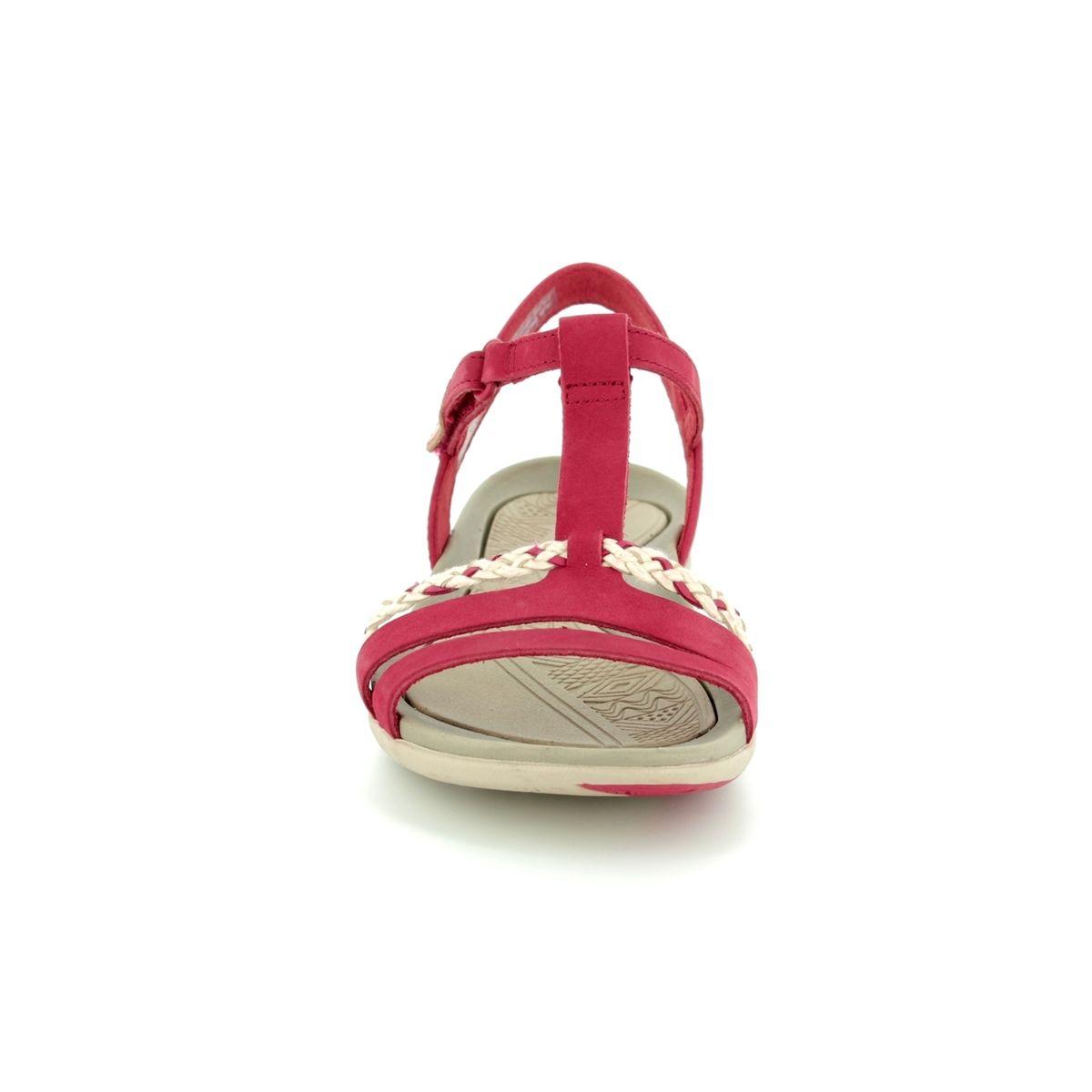 f25399d815e Clarks Sandals - Red - 2389 24D TEALITE GRACE