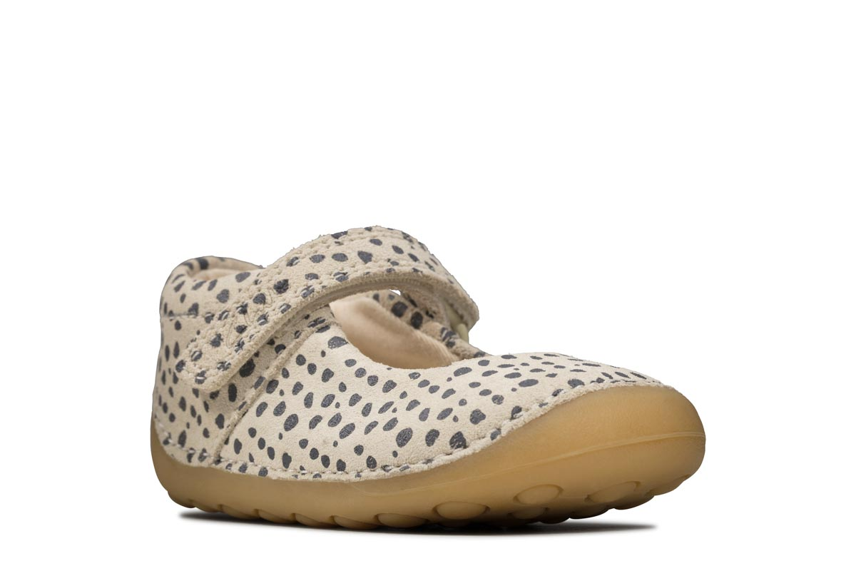 Clarks Tiny Mist Toddler Leather Shoes in Cotton Wide Fit Size 5/½ Beige