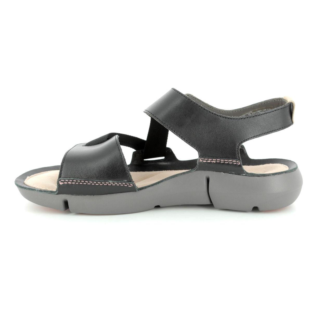 10436892a27581 Clarks Sandals - Black - 3127 34D TRI CLOVER