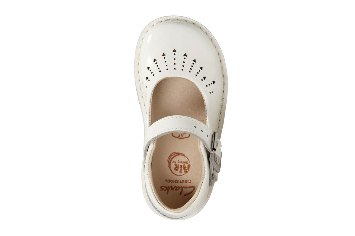 b0458e95aa453 Clarks First Shoes - White patent - 3376/66F YARN JUMP