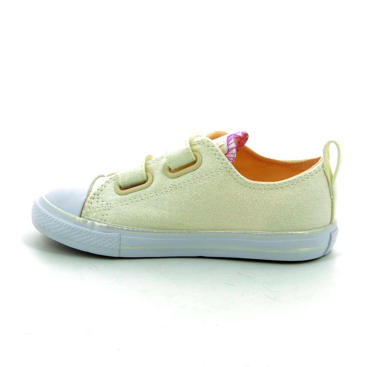 f63c4a3d8a6d Converse Trainers - White multi - 756041C 102 Chuck Taylor All Star 2V OX  Velcro