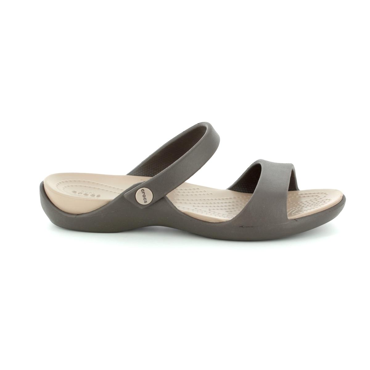 65a884fa67f Crocs Sandals - Dark brown - 204268 23D CLEO V