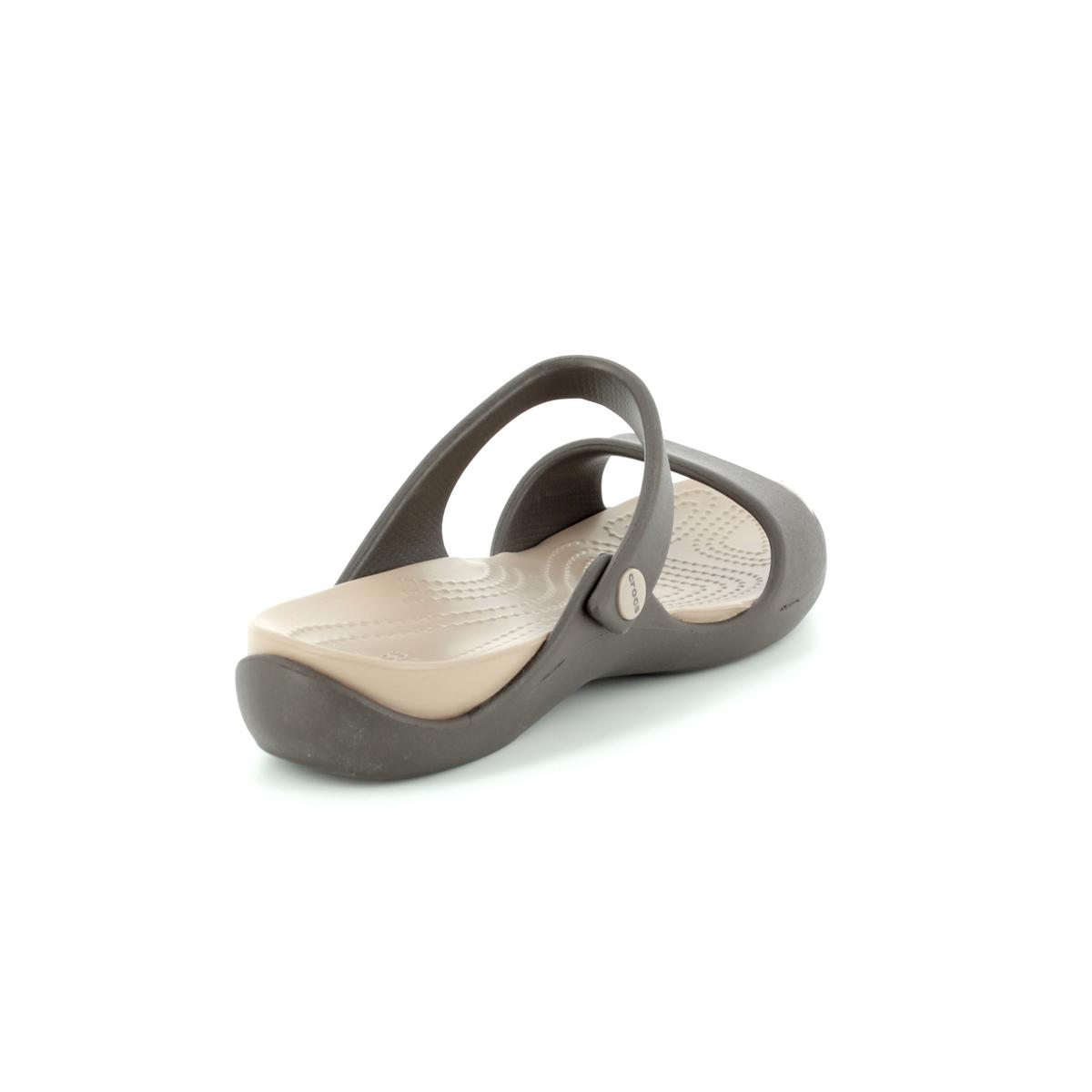 f9ef22bd5b2f Crocs Sandals - Dark brown - 204268 23D CLEO V