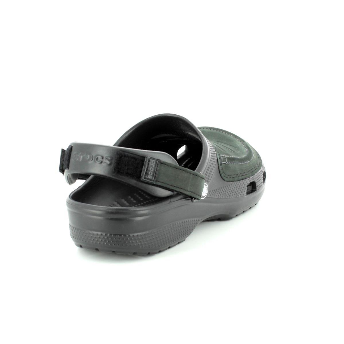 6c93cceae6dfc Crocs Sandals - Black - 205177/060 YUKON VISTA