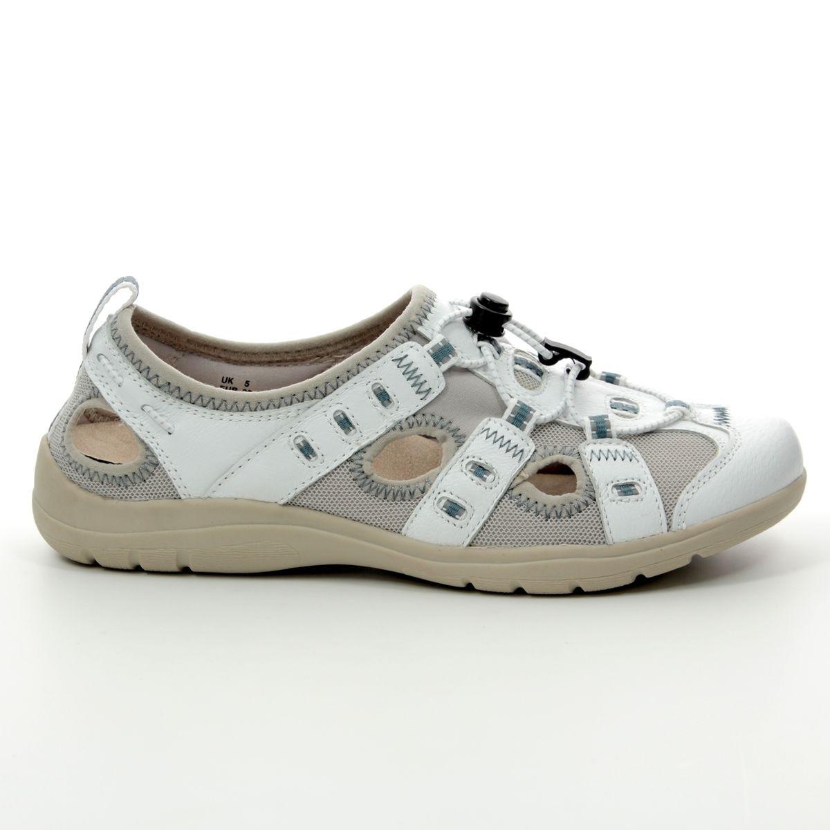132ca9ddd3004 Earth Spirit Closed Toe Sandals - White - 30215/66 WINONA