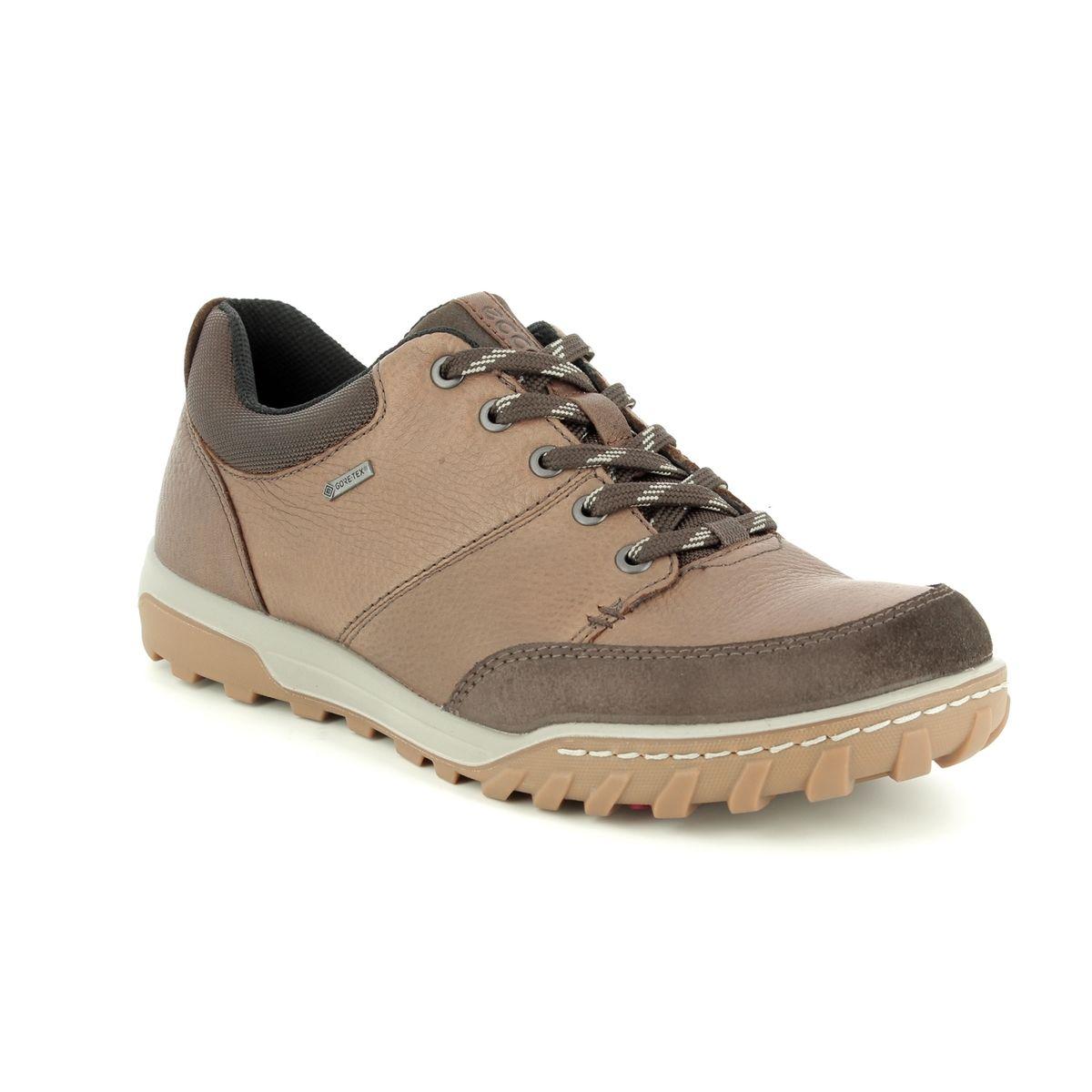 0ae2d092 ECCO Casual Shoes - Brown nubuck - 830704/57008 URBAN LIFESTYLE GORE-TEX