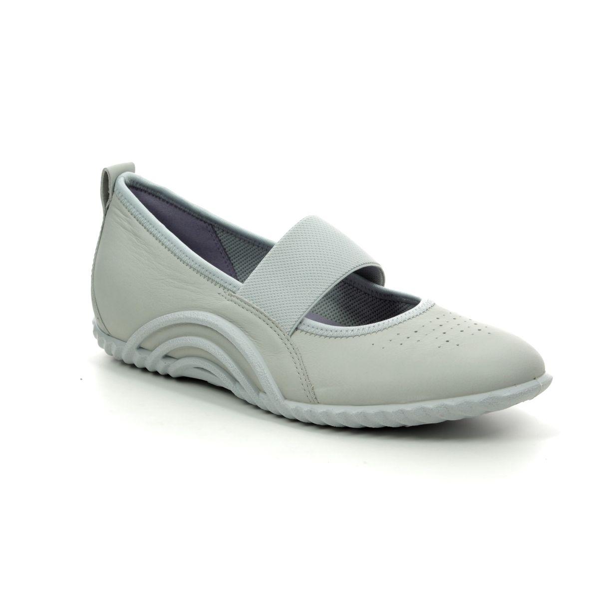 a0815b15ed11 ECCO Mary Jane Shoes - Light Grey - 206133 01379 VIBRATION 1.0