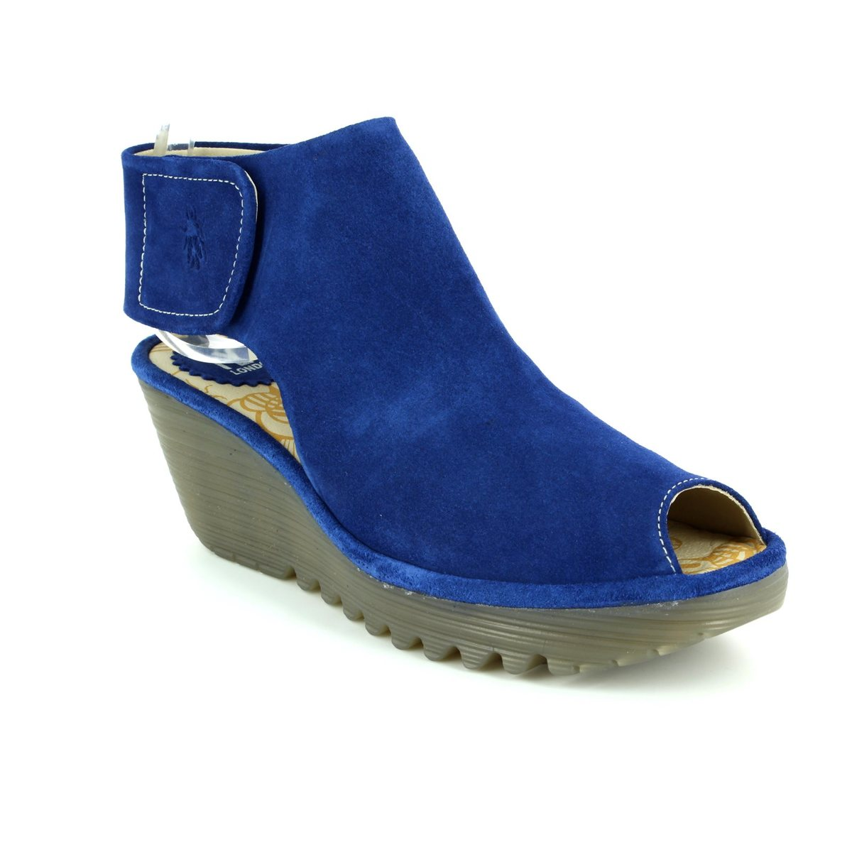 a8767ecbd11 Fly London Yona P500642-012 Blue Wedge Sandals