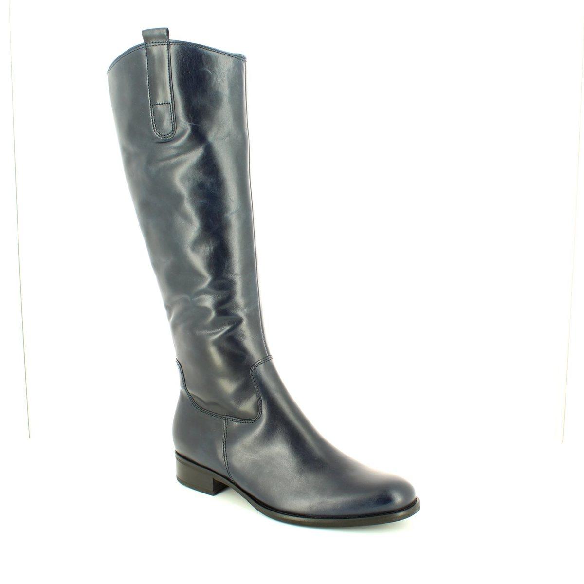 3152c0fc445 51.649.36 Brook Med Leg at Begg Shoes & Bags