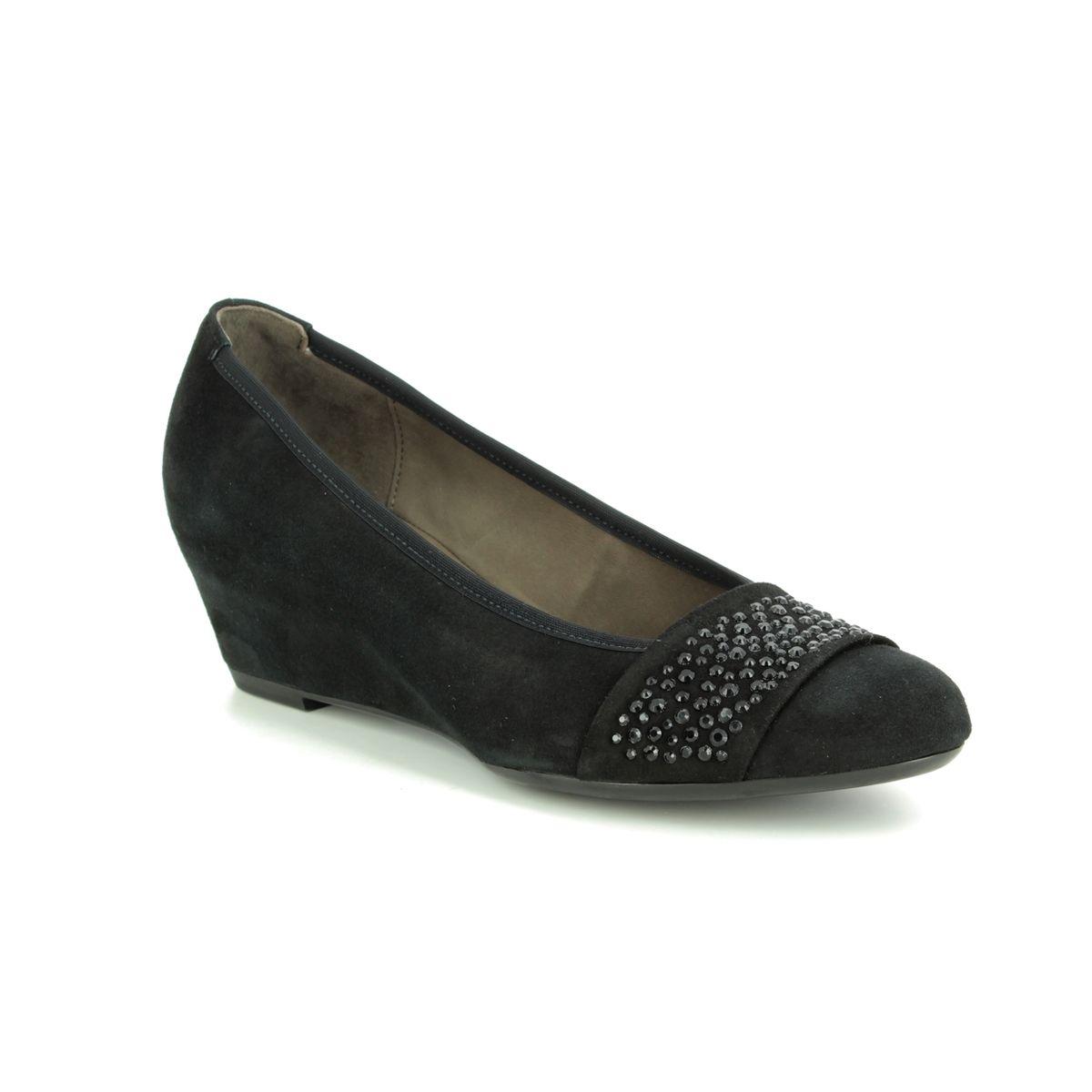ee6711bc92e Gabor Wedge Shoes - Black nubuck - 25.369.17 FODDER