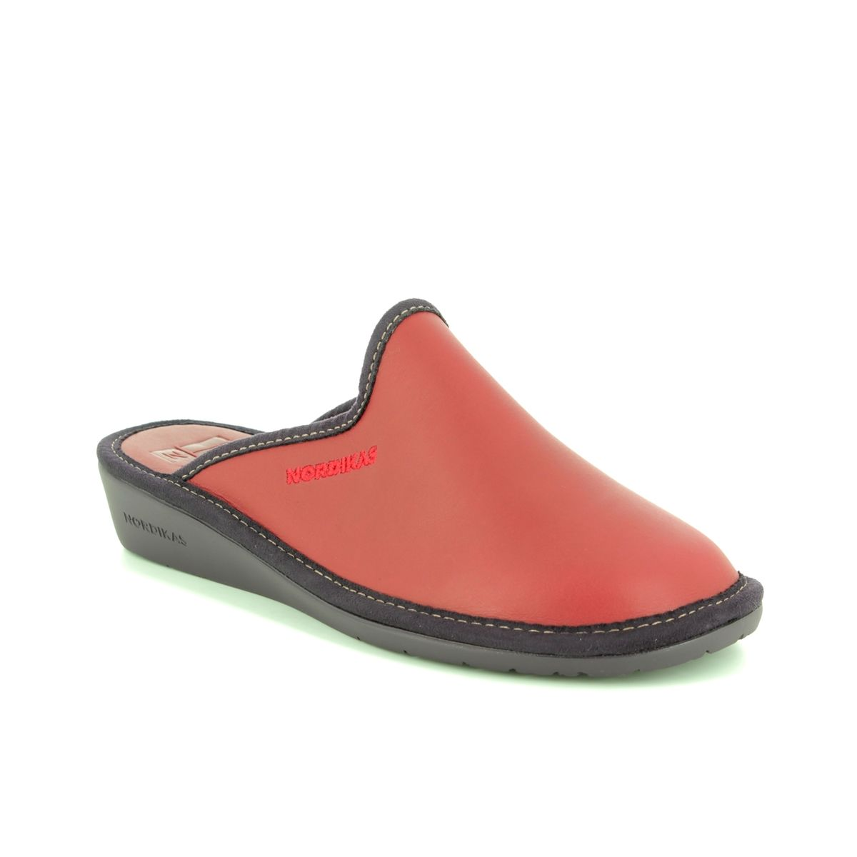 dd33a8ce09bc7 Nordikas Slipper Mules - Red leather - 347 8 MULEA 82