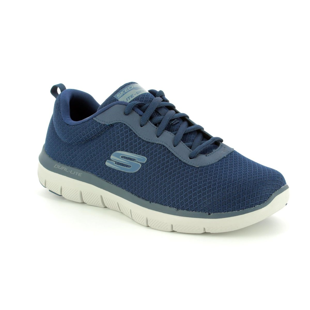 6c09c2968d9e Skechers Dayshow 52125 NVY Navy trainers
