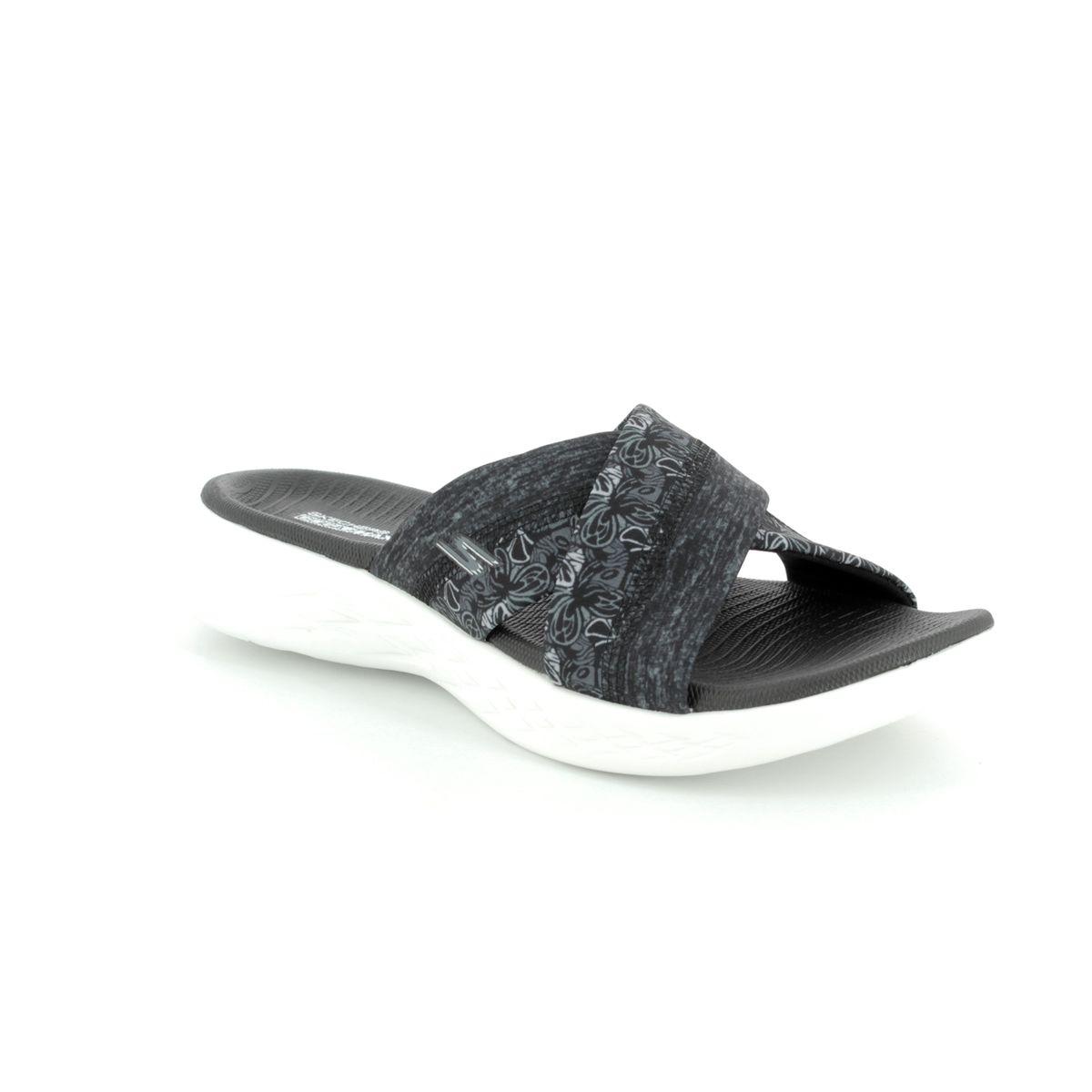 93597cb3958d Skechers Monarch 600 15306 BKW Black-white sandals