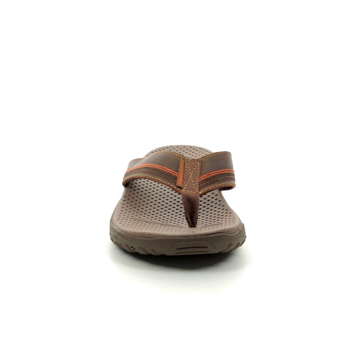 d82006b15 Skechers Reggae Cobano 65460 BRN Brown sandals