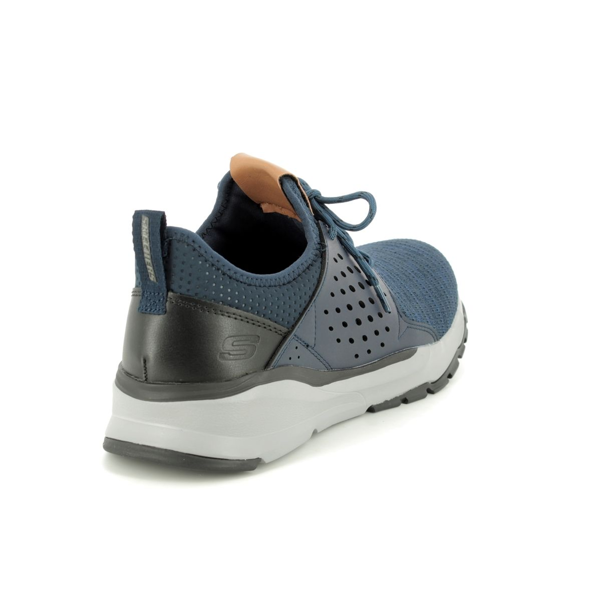 65659 Relven Velton at Begg Shoes & Bags